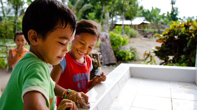 hand washing in the Philippines saves lives