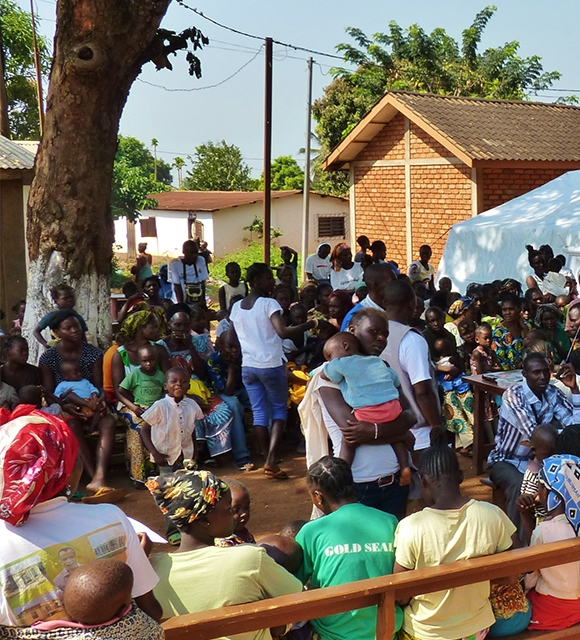 Central African Republic bangui shelter in emergency tile