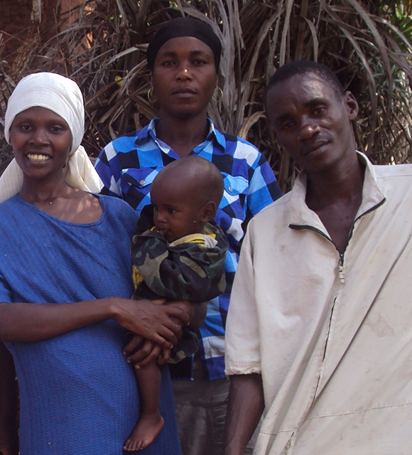 Baby Juma and his mum in Burundi tile